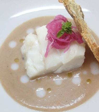 Baccalà, castagne e cipolla marinata