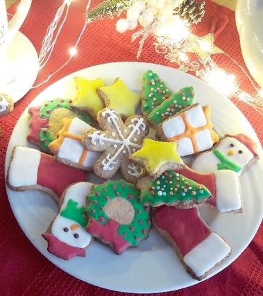 Biscotti alla cannella decorati