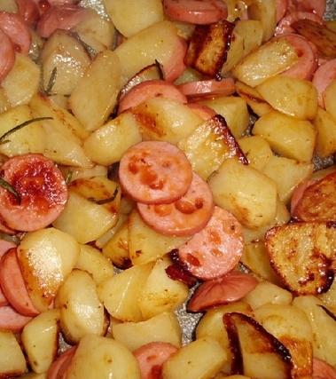 Wurstel e patate in padella