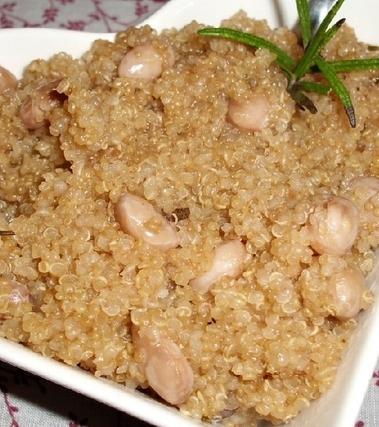 Quinoa con borlotti al rosmarino