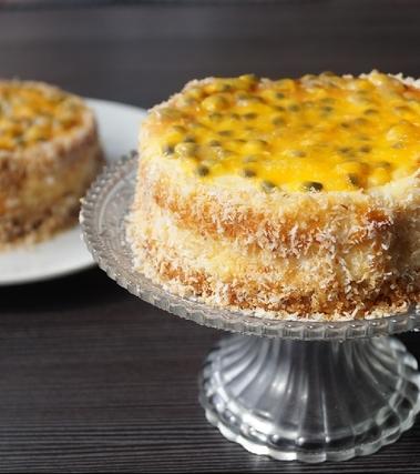 Cheesecake al cioccolato bianco, maracuja e cocco