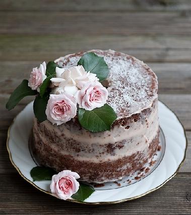 Naked chiffon cake al cacao, cocco e rum