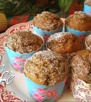 Muffin al pistacchio con farina di farro