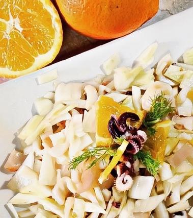 Insalata di calamari con finocchio e arancia