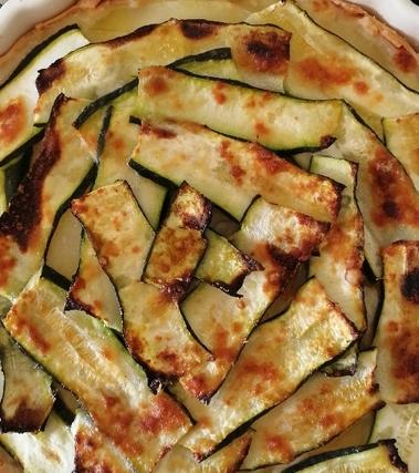 Torta rustica zucchine, provola e patate