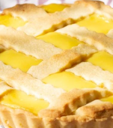 Crostata senza lattosio con grano cotto e crema