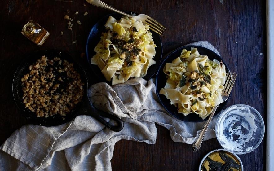 Pappardelle con cavolo e formaggio al tartufo