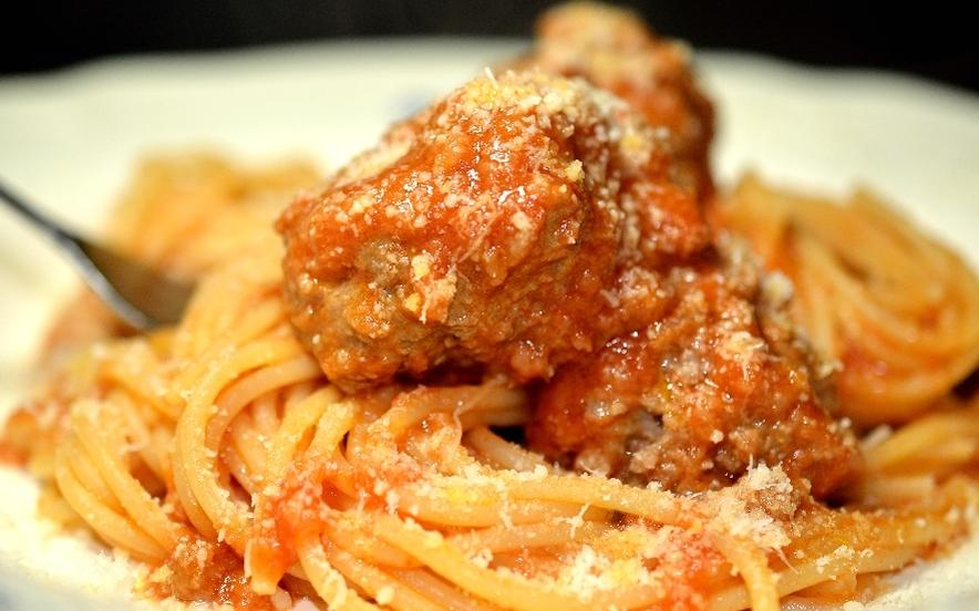Gli spaghetti di Lilli e il vagabondo