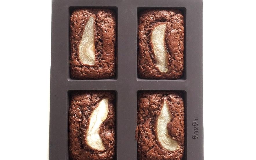 Mini plum-cake cacao e pere