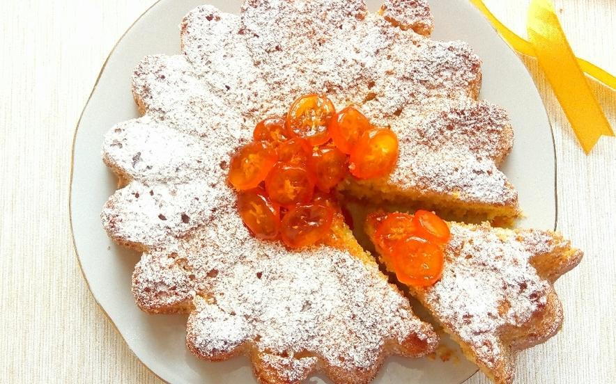 Torta soffice ai kumquat o mandarini cinesi