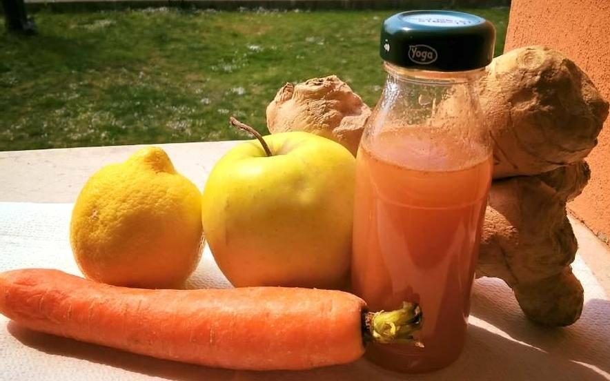 Succo mela zenzero carote