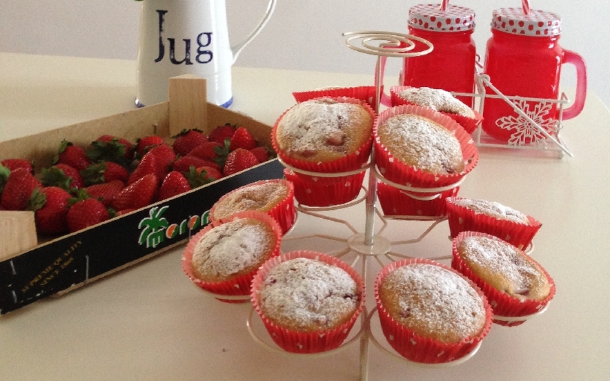 Muffins con fragole e menta