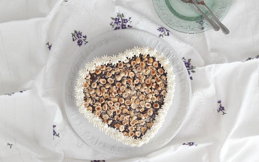 Torta gelato cuore di panna