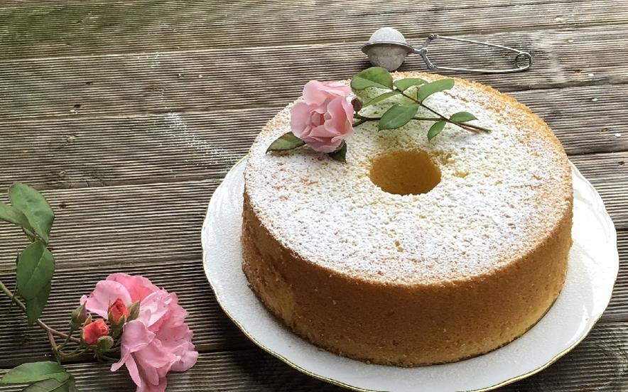 Chiffon Cake profumata al limone