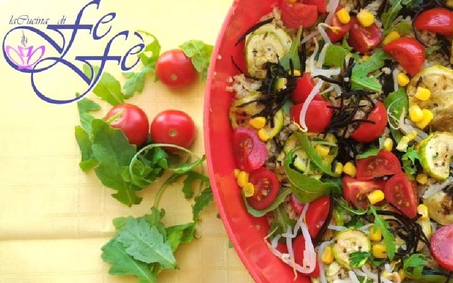 Bulgur con zucchine pomodorini e alghe arame
