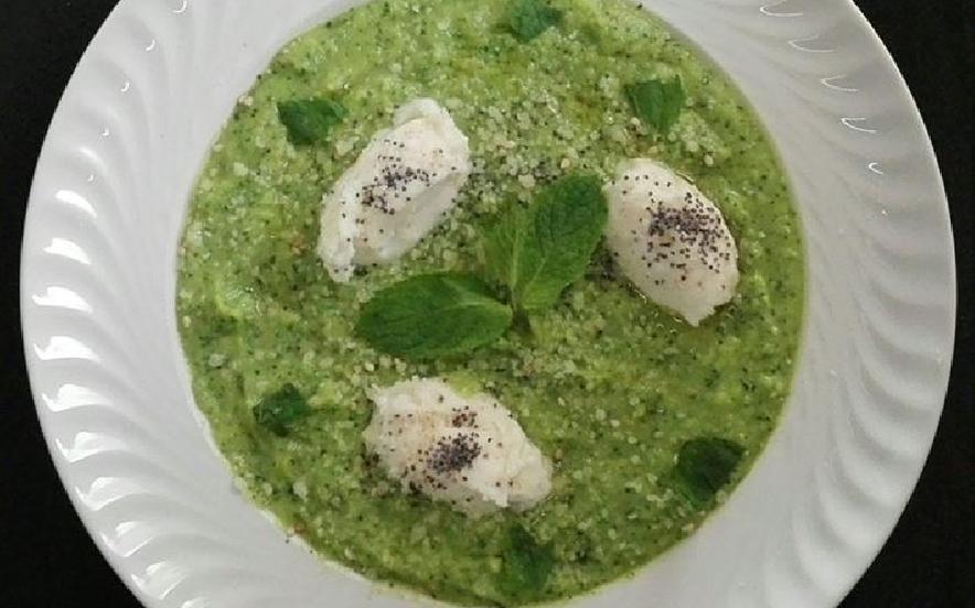 Crema di zucchine e menta con stracchino