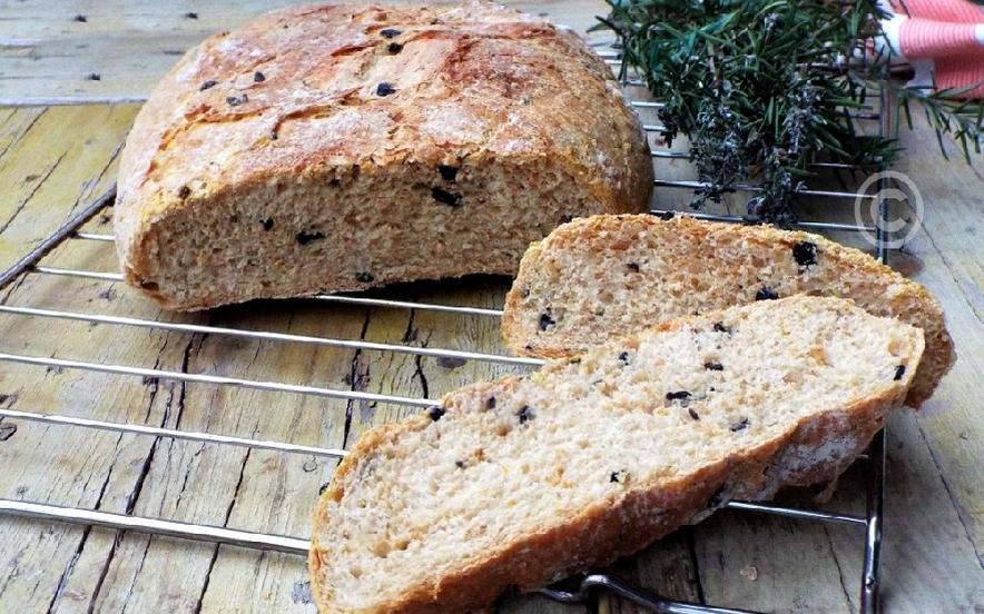 Pane zucca e olive