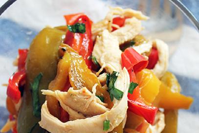 Insalata di pollo e peperoni