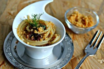 Spaghetti al profumo di alici e finocchietto