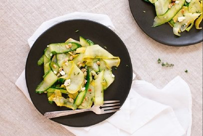 Insalata di zucchine con vinaigrette di limone