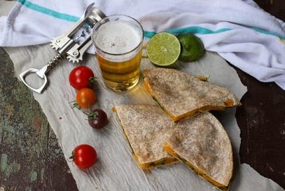 Quesadilla con zucca e spinaci