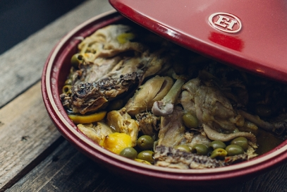 Tajine di pollo, limone e olive