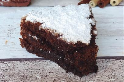 Torta soffice al cioccolato vegana