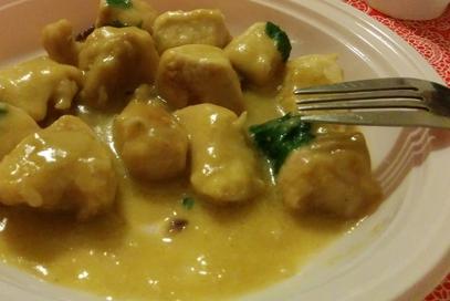 Pollo in crema di curry
