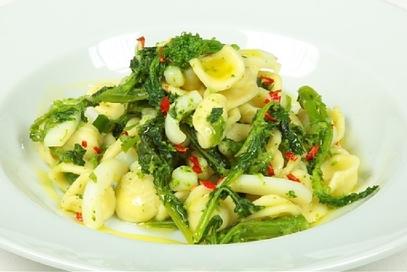 Orecchiette ai broccoli fatte in casa