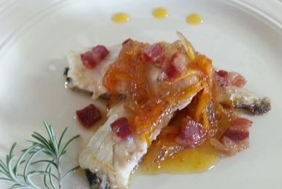 Spigola in agrodolce con pancetta croccante