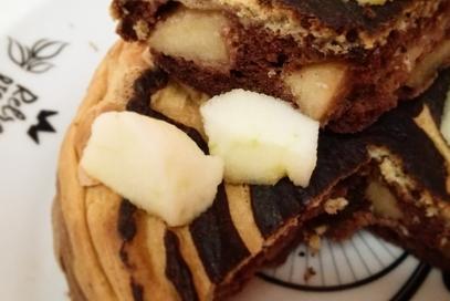 Pancake con mela e cacao