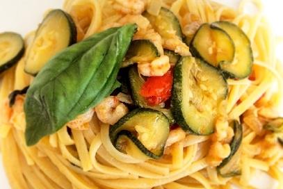 Linguine zucchine e gamberetti
