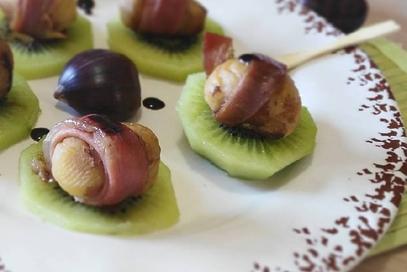 Bocconcini di castagne allo speck e kiwi