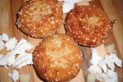 Crocchette al sesamo con cuore di mozzarella cuko