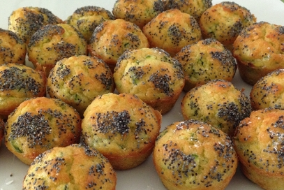 Muffin alle zucchine e semi di papavero