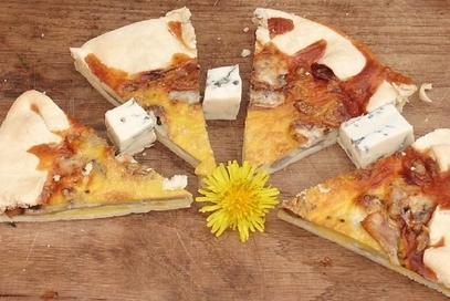 Torta salata pere noci e gorgonzola