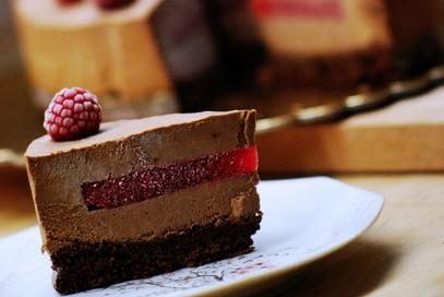 Mousse al cioccolato fondente, zenzero e lamponi