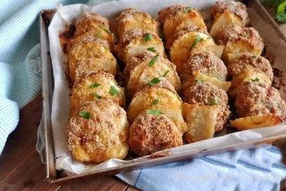 Pollo al forno con patate e zucchine