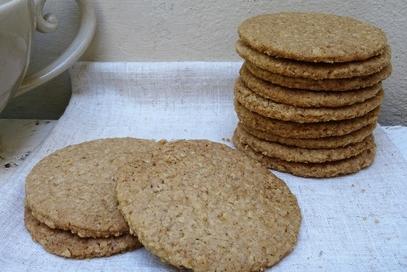 Biscotti secchi all'avena