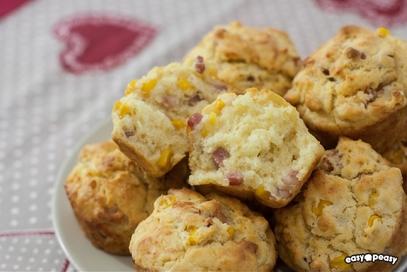 Muffin salati prosciutto e formaggio