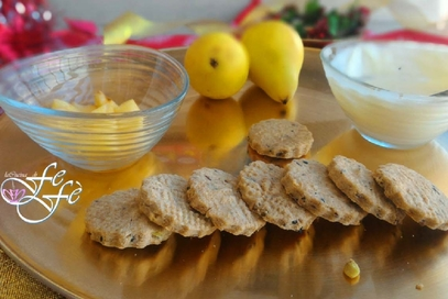 Biscotti salati al grana padano e semi misti